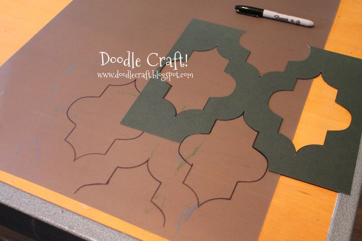 Doodle Craft...: Stencil a Round Kitchen Table tutorial!