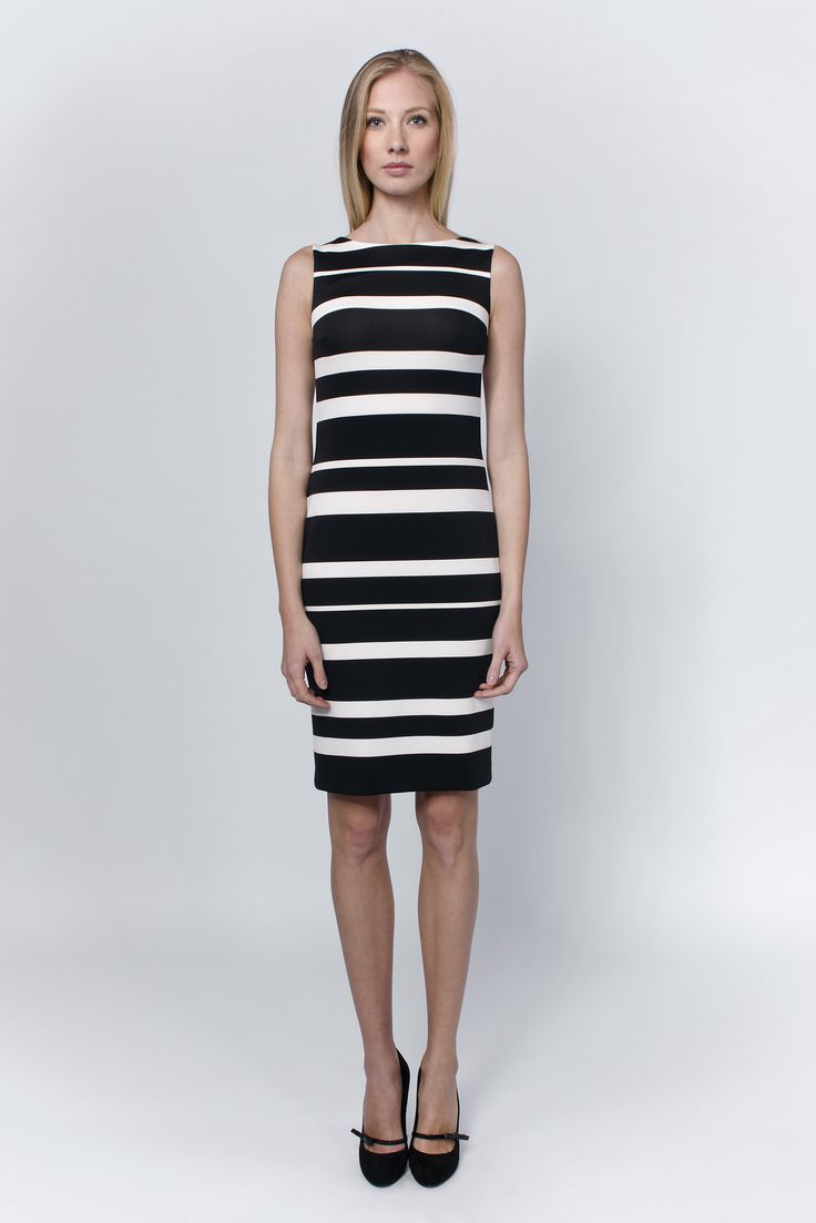 You like the 60's? Like everyday elegance but also the fan of practically usable dresses? This one is for You, no matter if it's a meeting with the parents or convincing the business partners.
