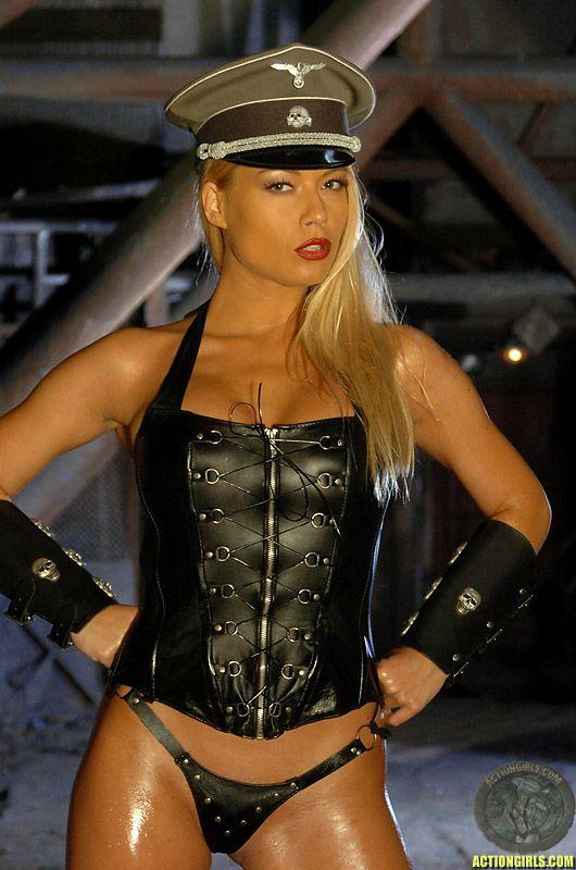 Русс порно в униформе оболочка