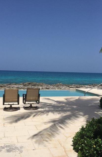 Infinity Pool at Waterside Escapes Villa, Grand Bahama Island