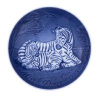 Mothers day plate 2013 - 'zebra with foal'