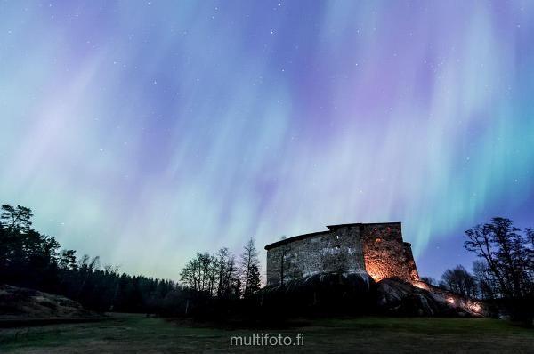 Upeita ilmavalokuvia valokuvanäyttelyssä Karjaalla Länsi-Uudenmaan maisemista