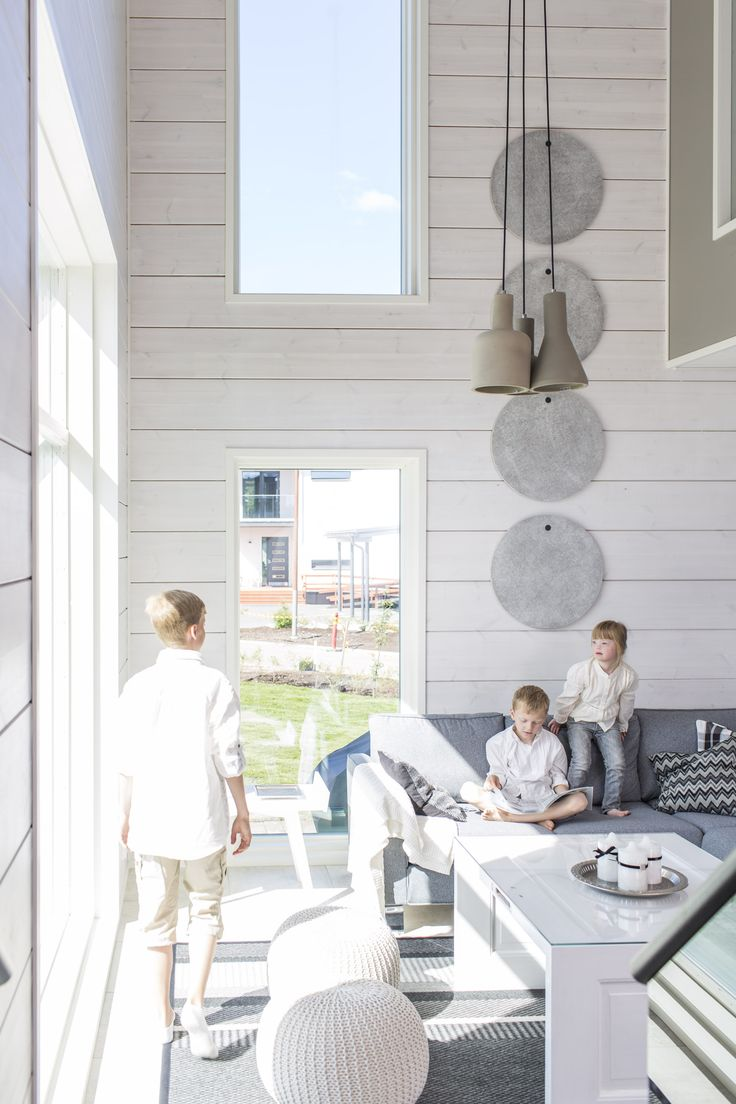 The house is designed to maximize the use of natural daylight. Honka Harmonia.