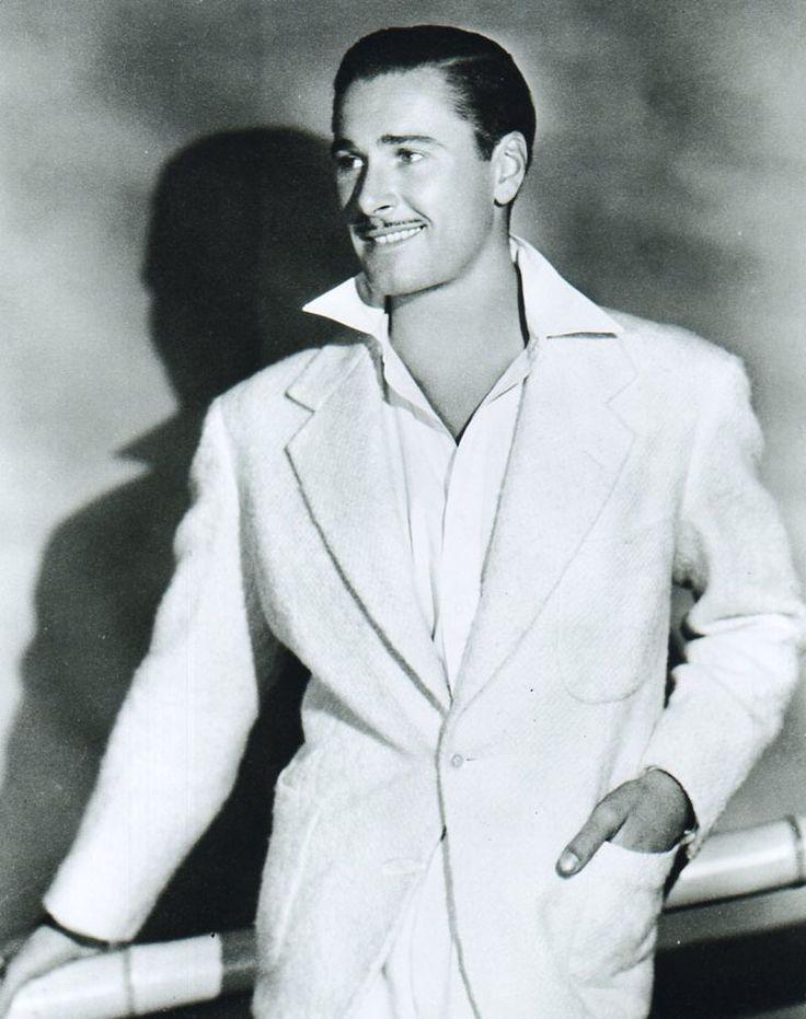 Errol Flynn, 1938