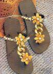 como bordar chinelos passo a passo, chinelos decorados, curso de chinelos customizados passo a passo, como customizar chinelos, chinelos com strass
