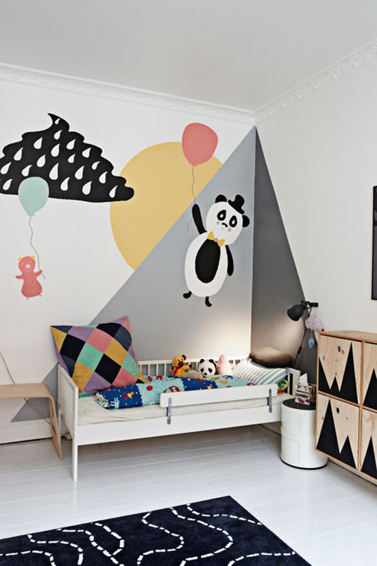 So Fresh & So Chic // Mountain Mural in Nurseries and Kids Rooms // Spotted on sofreshandsochic.com