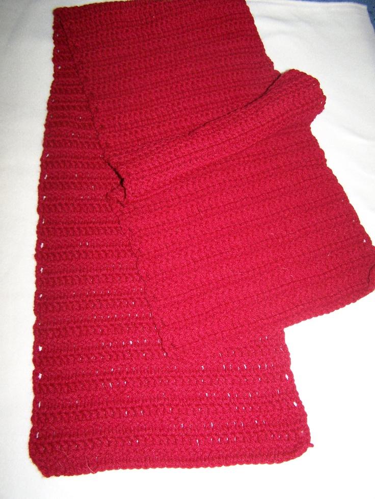 Mans wide scarf
