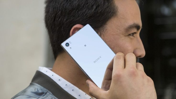 Hands On With the Sony Xperia Z5 - PC MAGAZINE #SonyXperiaZ5, #Tech