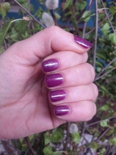 Fiolet z poświatą- cosmetics zone (123), semilac (091)