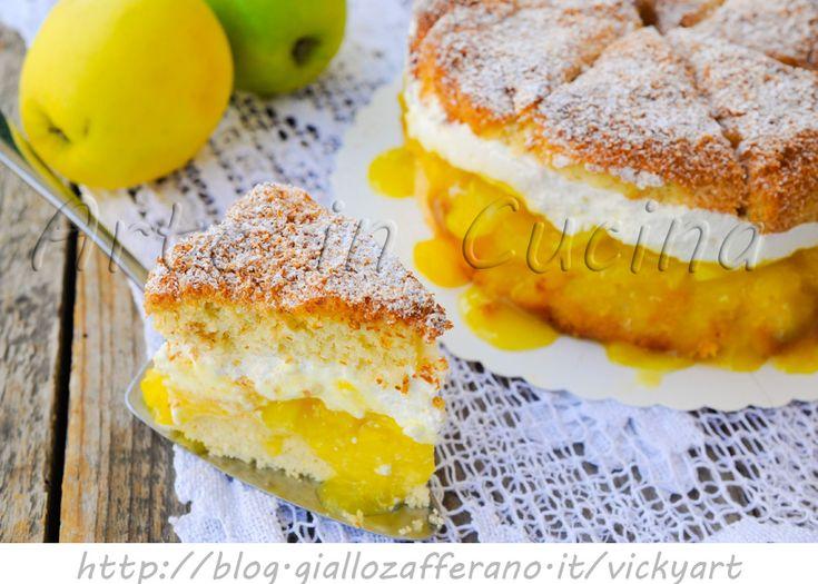 Torta di ananas e cocco ripiena di mele e crema, ricetta facile, dolce goloso facile da preparare, crema pasticcera, torta al cocco, panna montata, torta farcita