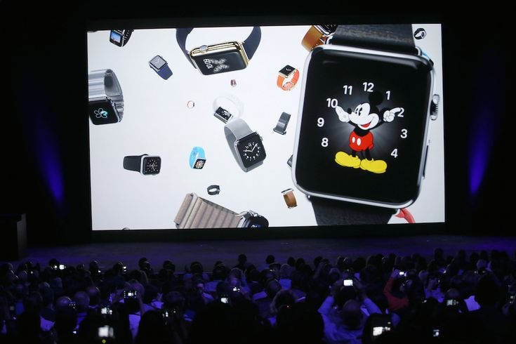 Mickey Gets the Apple Watch Treatment @issawilliams hopefully there will soon be disney themed iPhones