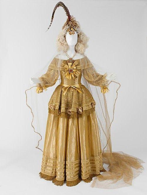 35 best ysl 1976 images on pinterest ysl yves saint for Yves saint laurent wedding dress