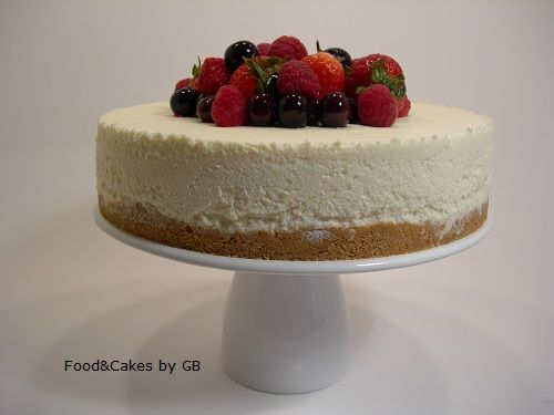 FOOD & CAKES: Tarta de chocolate blanco, queso y frutos rojos (Thermomix)