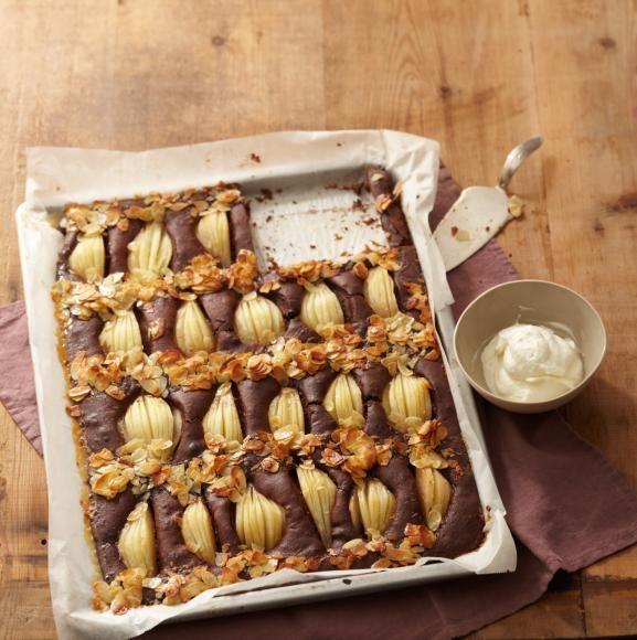 Rezept: Birnenkuchen vom Blech - [LIVING AT HOME]