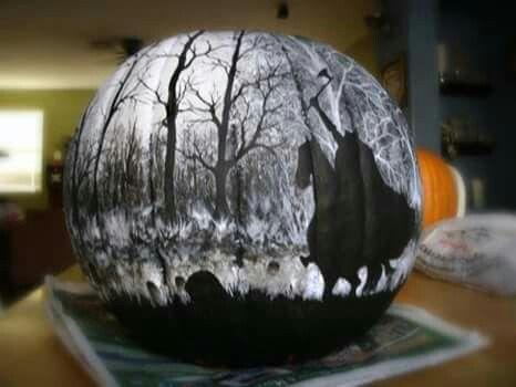 Awesome Legend of Sleepy Hollow Headless Horseman pumpkin!!