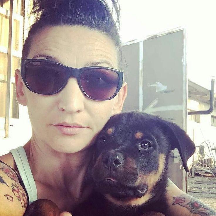 Voi e Loro  Una nuova attività si è iscritta su #BauSocial:  Toelettatura dalla Bau Alla Z . #Repost @anna_dogs with @repostapp  #pet #instadog #dog #cane #girl #rottweilerpuppy #rottweiler #puppy #inkedgirl #tattoo #ink #tattoedgirl #sun #sunglasses #dogs #brescia  #watchingover #k9#doglovers #couple #sweetpuppy #rottweilerclub #igerslombardia