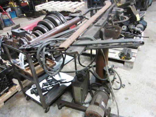 Hossfeld Universal Iron Bender available by online bidding ending 3/20/17. Racine, WI. Hansen & Young, Inc.