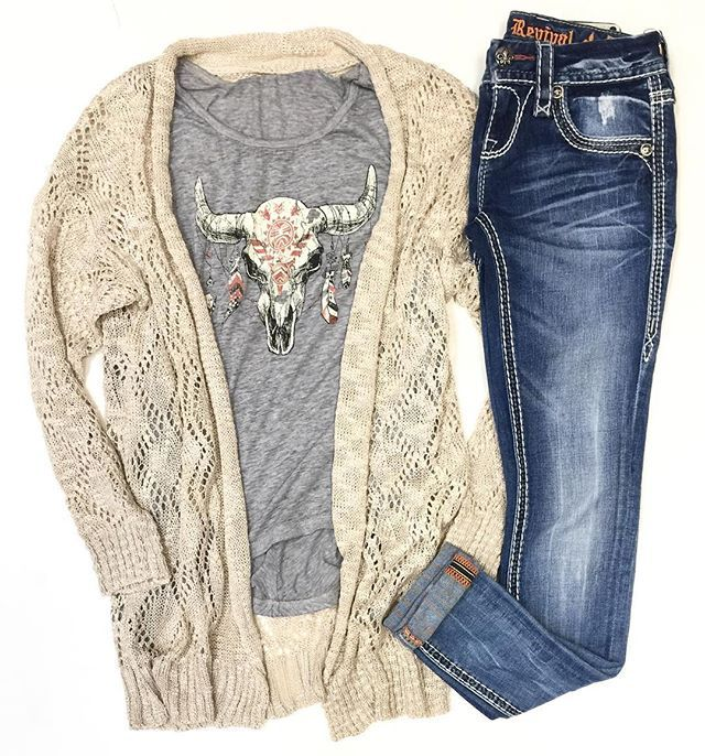 WEEKEND BOHO CASUAL // new at HT! Cardigan $42 • Graphic Tank $40 • Skinny Jean $159  Give us CALL to order, WE SHIP! 360.716.2982 #shophoitytoity