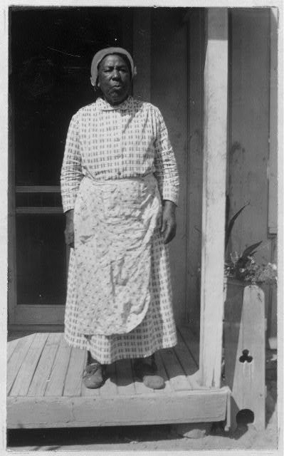 Leithan Spinks , 82, was born a slave to Fay Thompson , in Rankin County, Mississippi. Soon after Leithan's birth, Mr. Thompson moved to E. Foliciana Parish, Louisiana. Leithean was happy in slave days, and stayed with her master two years after she was freed. She lives at 2600 Herrick St., Fort Worth, Texas.