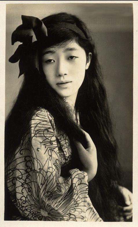 Chitose Momoe 千歳桃枝 - Japan - 1910s