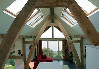Grand Designs Moffat House - I like the clean lines, natural wood, light light light but cosy and homey.