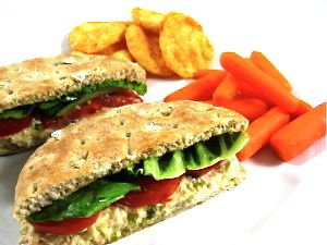 A Delicious, Skinny, Fiber Rich Tuna Sandwich You'll Just Love! Each sandwich has just 216 calories, 5 grams of fat, 6 Weight Watchers POINTS PLUS and even 6 grams of fiber! http://www.skinnykitchen.com/recipes/a-delicious-skinny-fiber-rich-tuna-sandwich-you%E2%80%99ll-just-love/