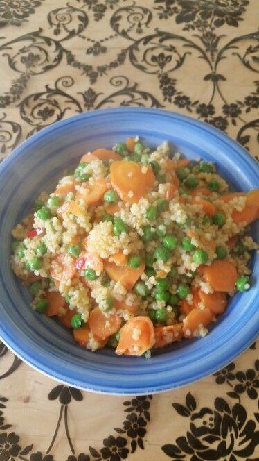 Cous cous piccante carote e piselli