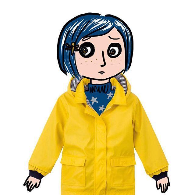 Coraline ha perso la sua bambola!/ Coraline has lost her doll!  dress @petitbateau pic M. Minto www.mommut.com #happyhalloween #trickortreat #scarred #instakids #instamom #instamamme #instalike #instagood #instablogger #shoppingonline #outletconceptstore #mommut #mommutblogshop