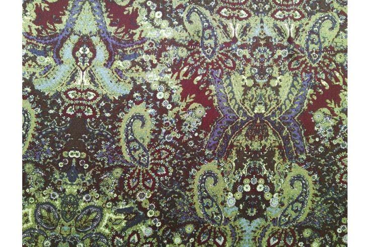 Raso fino estampado retro verde agua con el fondo granate, con buena caída ideal para la confección de kimonos, monos, vestidos, pijamas.. Fácil lavado y planchado.#Raso #estampado #fino #retro #granate #verde agua #caída #kimono #mono #vestidos #pijamas #tejido #tejidos #tela #telas #textil #telasseñora #telasniños #comprar #online #comprartelas #compraronline