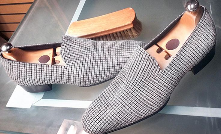 Most Expensive Men Shoes in the World - Top Ten List #mensshoes #mostexpensivemensshoes #topten http://www.mostluxuriouslist.com/top-10-most-expensive-men-shoes-in-the-world/