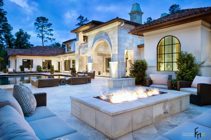 fire pit  http://www.gopret.com/wp-content/uploads/2015/06/elegance-luxury-house-interior-design-with-country-style-with-fireplace-in-outdoor-living-space-including-elegant-rattan-furniture-set.jpg