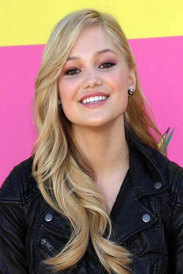 Olivia Holt Height, Weight, Bra Size, Body Measurements