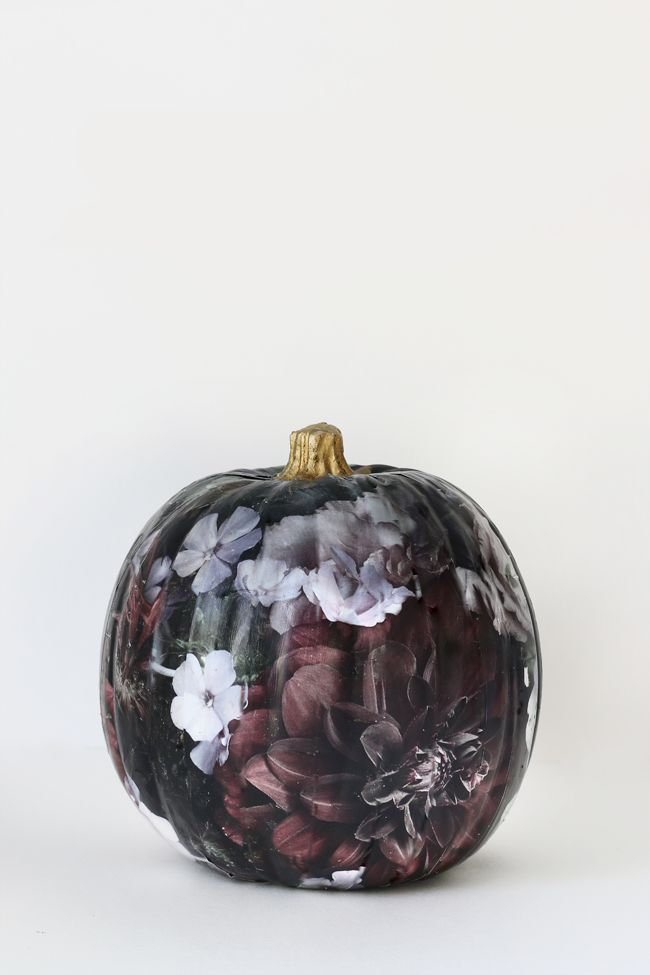 Use this DIY floral print pumpkin tutorial to decorate your home for Halloween.