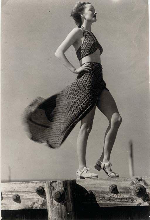 Harper's Bazaar December, 1935, Martin Munkacsi. (1896 - 1963)