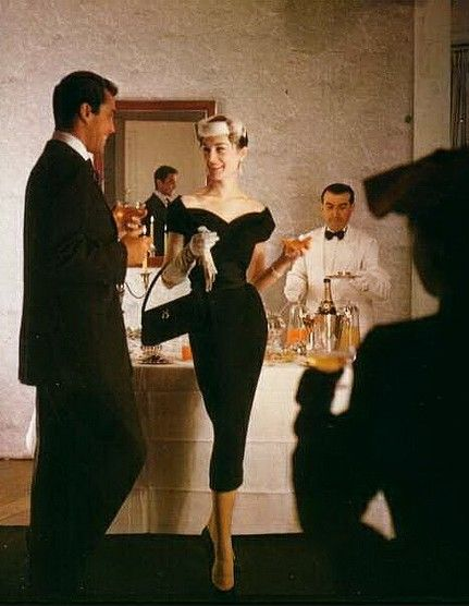 50's party - oh my I need that dress. Quick, fetch my coat! We're going shopping.