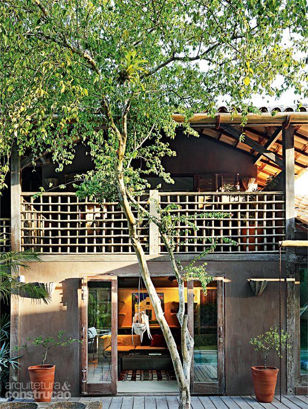 Amei a varanda!!! Casa no sul da Bahia emprega parede de pau a pique - Casa