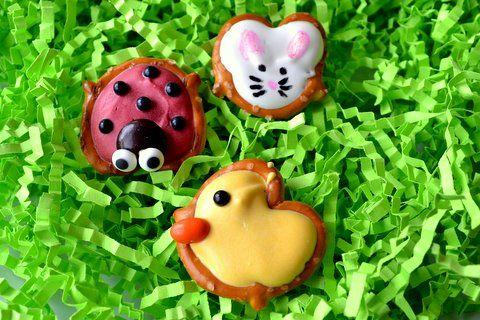 Ladybug, duck, bunny, & pacman pretzels: Easter Candy, Activities For Kids, Diy'S Crafts, Bugs Bunnies, Pretzels Bites, Pretzels Treats, Chocolates Covers Pretzels, Easter Treats, Spring Treats