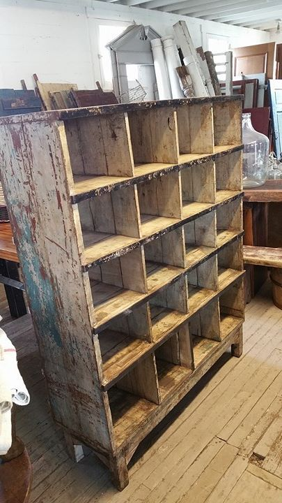@tampabaysalvage Architectural Salvage and rare finds from across the globe. Antique house parts, industrial, nautical, wrought iron, stained glass, hardware, vintage home decor. www.tampabaysalvage.com
