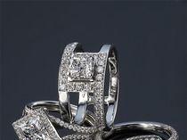 Ювелирные украшения с драгоценными камнями Jewelry