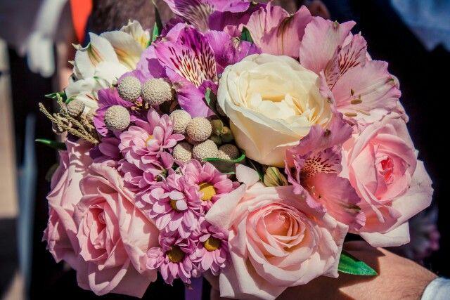 Букет для невесты Кристины.  #флористика #букетневесты #свадьбаволгоград #декоратор #флорист #розы #бруния #альстромерия #хризантема