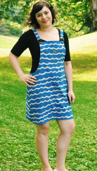 Hannah's Cleo dungaree dress - sewing pattern by Tilly and the Buttons