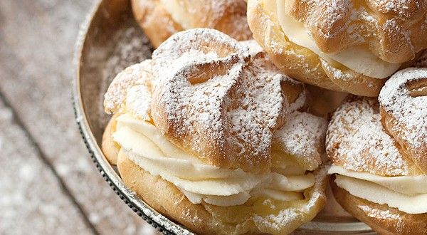 Cannoli Cream Puffs