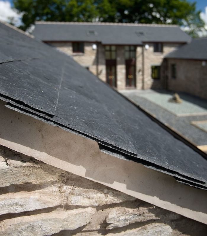 The Importance Of Choosing The Right Roofing Contractor Slate Roof Tiles Fibreglass Roof Metal Roof