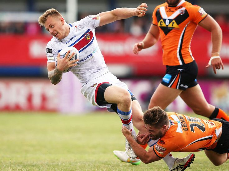 New Wakefield deal for Johnstone