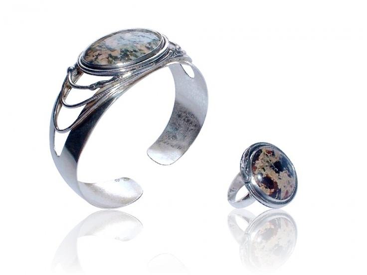 Handmade silver jewellery set with jasper