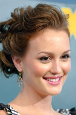 Mid-Lenght-Updo-Hairstyles-Leighton-Meester.jpg (300×450)
