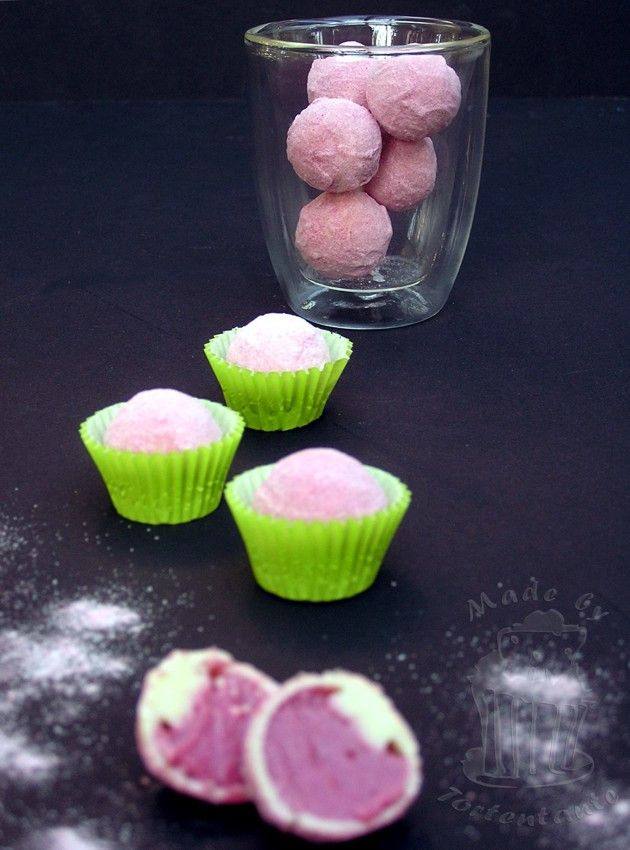 Himbeer-Quark-Pralinen mit weisser Schokolade