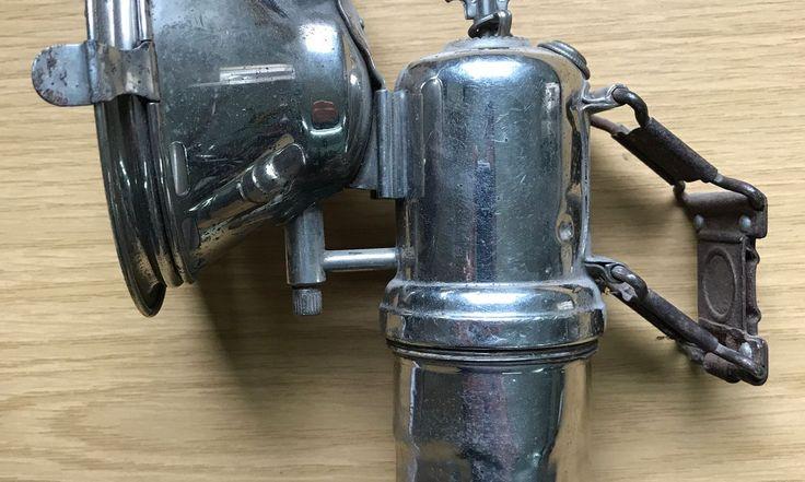 Verkaufe eine Karbidlampe Marke Riemann Favorit für Waffenr … alle Details findest du in der Flohmarkt-App Shpock – hier klicken! Preis: € 59.00