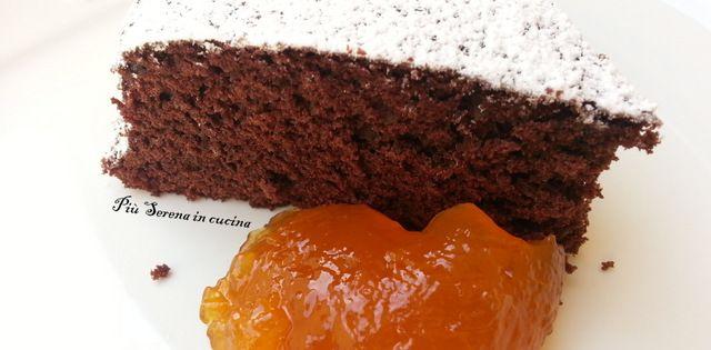 La torta al cioccolato senza glutine è un dolce semplice da realizzare e molto soffice. Noi vi proponiamo la ricetta base e poi.........largo alla fantasia!