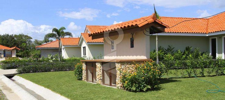 Proyecto Azura / Azura Development, Provincia de Panamá Desde - $ 199,900 Entrega - 2° trimestre 2015 Unidades - 51un http://www.compreoalquile.com/propiedades/proyecto-azura-azura-development-50555756.html#.VK7DgIfm7aM